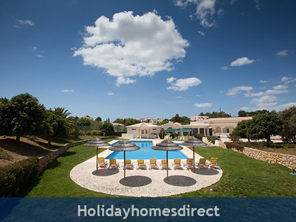 Quinta Do Rosal, Carvoeiro – Townhouses And 3/4 Bedroom Villas With Pools: Image 3