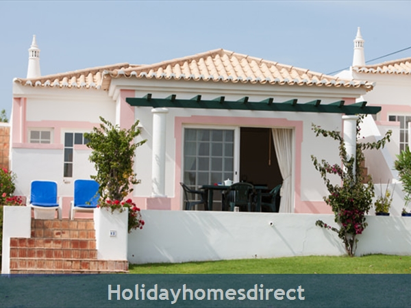 Quinta Do Rosal, Carvoeiro – Townhouses And 3/4 Bedroom Villas With Pools: Image 4