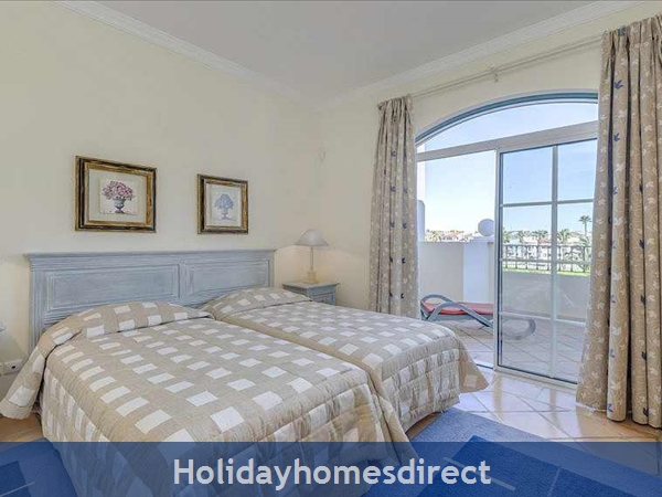 Vale Dos Pinheiros – 2 And 3 Bedroom Townhouses In Quinta Do Lago: Image 14