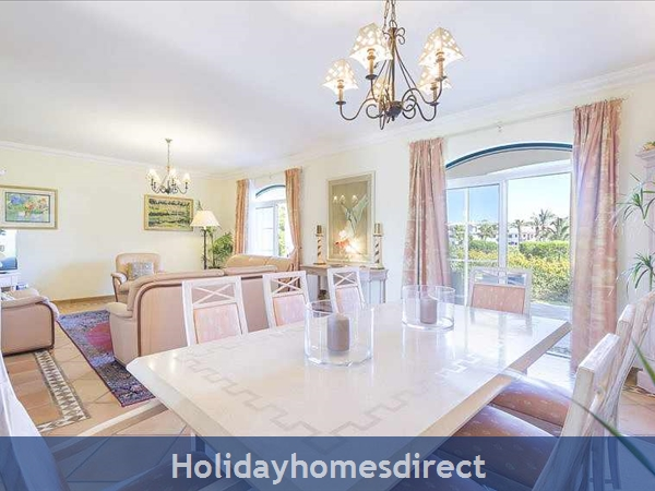 Vale Dos Pinheiros – 2 And 3 Bedroom Townhouses In Quinta Do Lago: Image 8