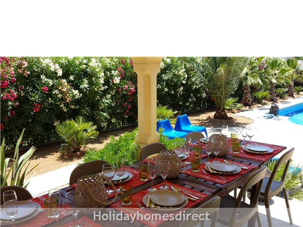 Beautiful Mediterranean Villa, Large Private Pool, 4 Bedrooms And 2 Bathrooms, 9p. Atmospheric Tropical Private Garden. Only 5 Minutes From The Beach.: Image 3