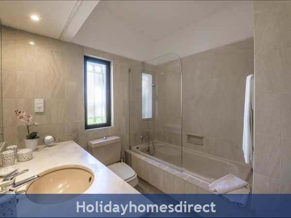 Three Bedroom Dunas Douradas Villa (3095): Image 8