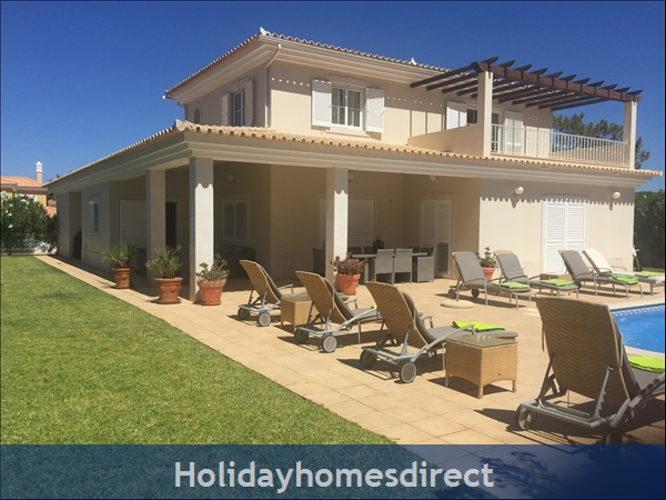 Exclusive 5 Bed Villa Rental in Varandas Do Lago (1096)