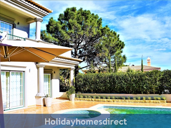 Four Bedroom Villa Close To The Beach (3158): Image 5