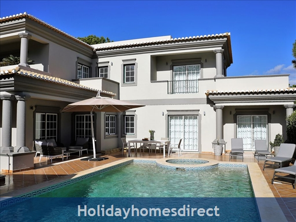 Four Bedroom Villa Close To The Beach (3158): Image 6
