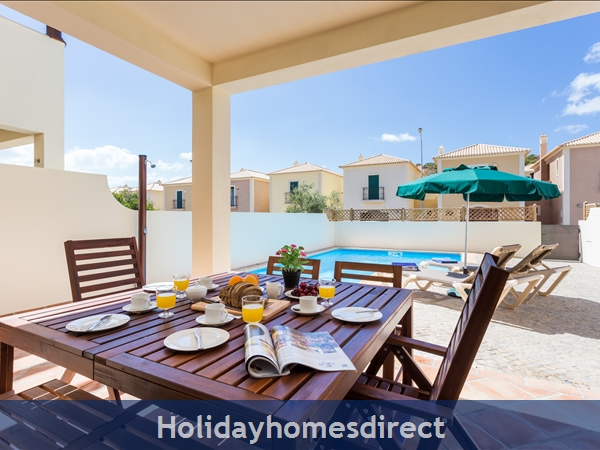 Domusiberica Villa 33. 2 Bedrooms, Full A-c, Private Pool.: All set for lunch by the pool