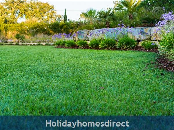 Luxurious 5 Bedroom Villa Close To Vale Do Lobo (2400): Image 6