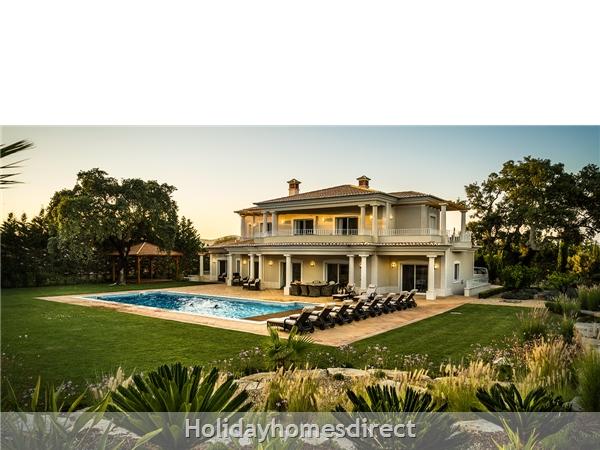 Luxurious 5 Bedroom Villa Close To Vale Do Lobo (2400): Image 3