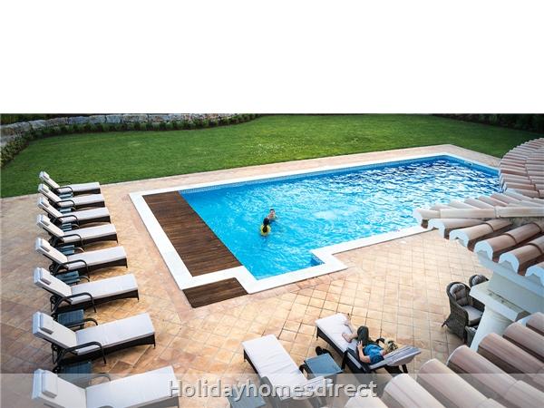 Luxurious 5 Bedroom Villa Close To Vale Do Lobo (2400): Image 4