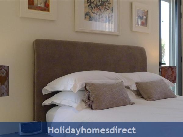 Four Bedroom Vale Do Lobo Villa (3161): Image 8