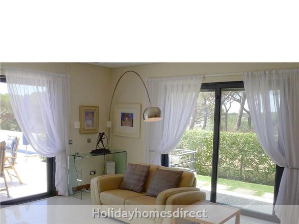Four Bedroom Vale Do Lobo Villa (3161): Image 4