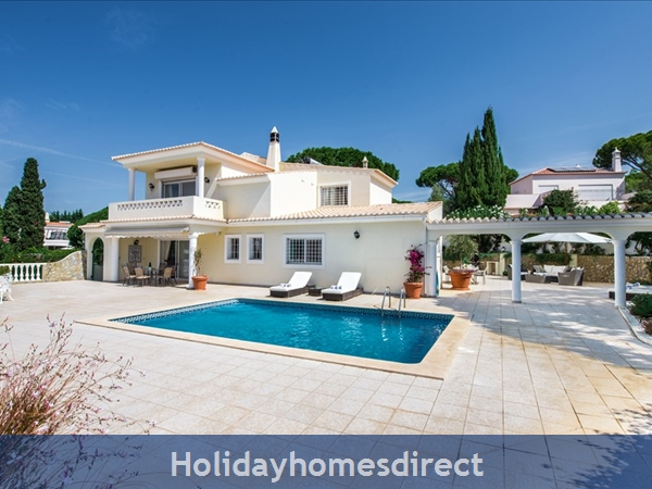 Four bedroom Vale do Lobo villa (3130)
