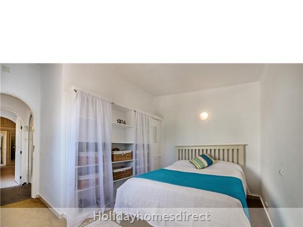 Four Bedroom Vale Do Lobo Villa (3130): Image 4