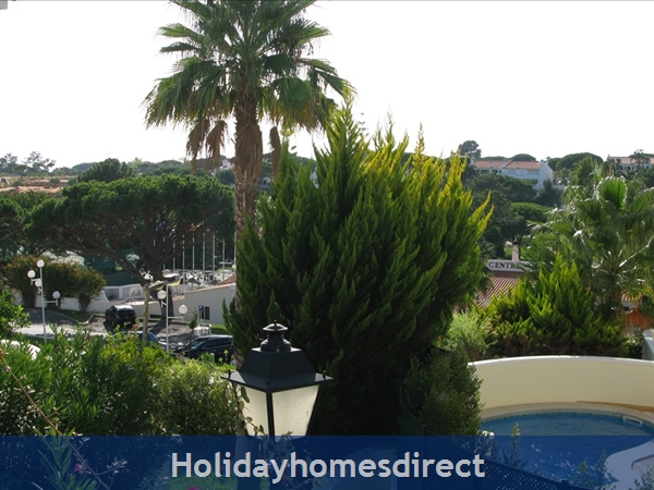 3 Bedroom Town House With Large Pool (2408): Image 10