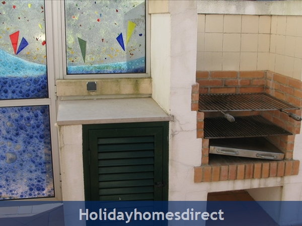 3 Bedroom Town House With Large Pool (2408): Image 12
