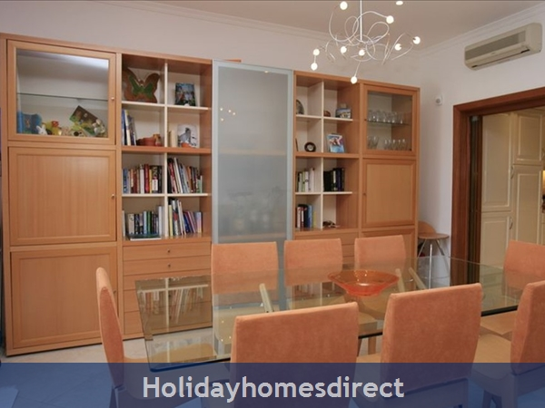 3 Bedroom Town House With Large Pool (2408): Image 6