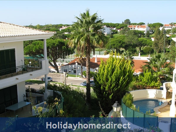 3 Bedroom Town House With Large Pool (2408): Image 19