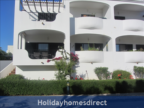 Luxury 2 Bedroom Apartment In The 5* Alto Golf And Country Club, Alvor, Portugal: Outside view