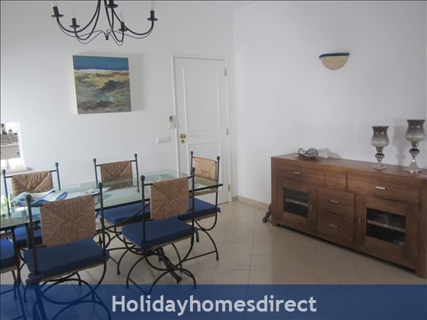 Luxury 2 Bedroom Apartment In The 5* Alto Golf And Country Club, Alvor, Portugal: Lounge/Dining room