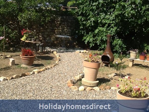 Chez Annabelle: Garden