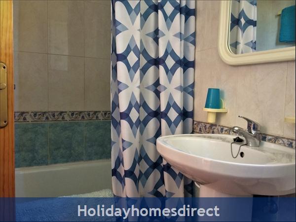 Entre Naranjos: Bathroom with Shower
