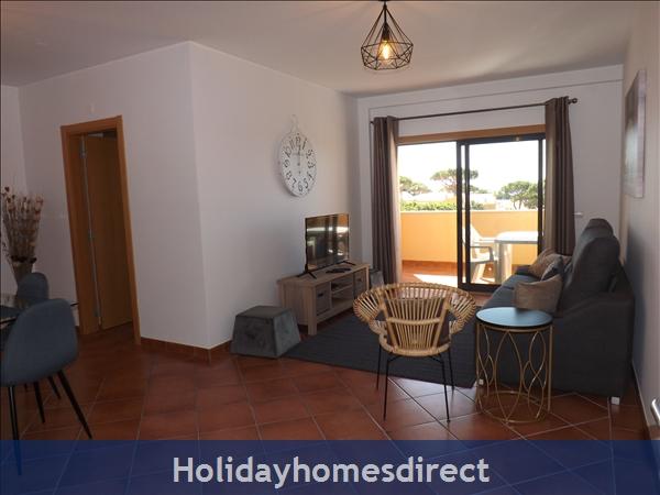 Apartamento Ocean View - Albufeira, Ac, Wifi,  Pool, Walking Distance Beach, Restaurants, Bars, Supermarket (88738/al): Image 5