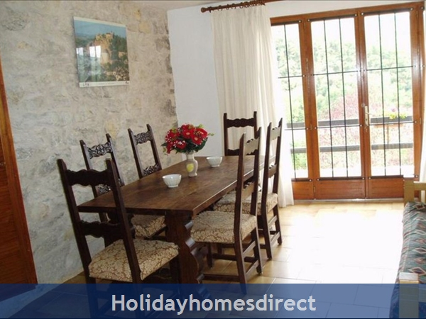 3 Bedroom Villa In St Medard  Near Cahors  South Of France: Image 7