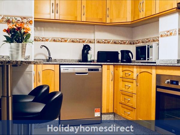 Sunnyharborapartment: Image 2