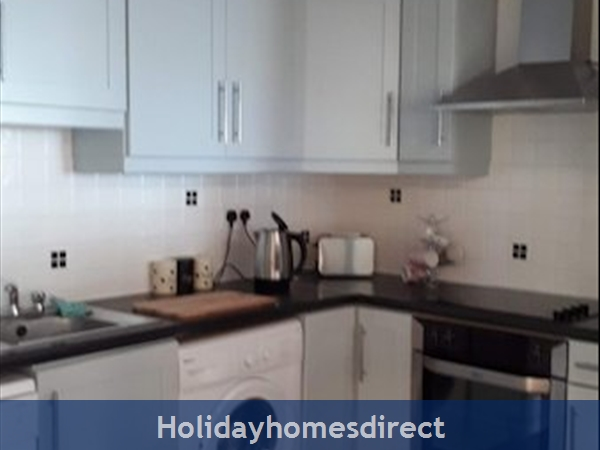 3 Bedroom Apartment For Holiday Rental In Enniscrone County Sligo.: Image 5