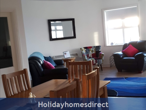 3 Bedroom Apartment For Holiday Rental In Enniscrone County Sligo.: Image 2