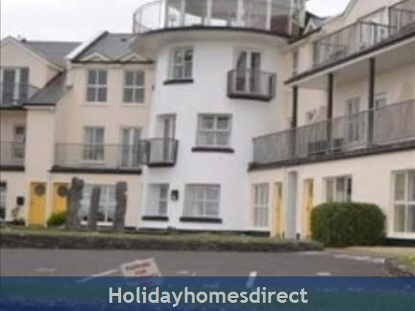 3 bedroom apartment for holiday rental in Enniscrone County Sligo.