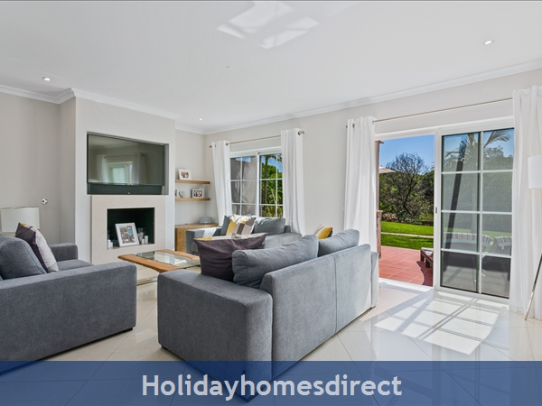 Casa James, Vilamoura, Is A Luxury 4 Bedroom Townhouse (fully Refurbished In 2018) And Located In The Beautiful, Gated Community Of Palmyra, Vila Sol.: Image 6