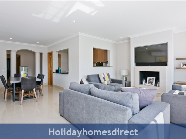 Casa James, Vilamoura, Is A Luxury 4 Bedroom Townhouse (fully Refurbished In 2018) And Located In The Beautiful, Gated Community Of Palmyra, Vila Sol.: Image 5