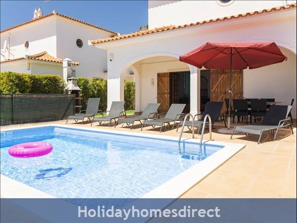 Villa Flamingo: Private Pool, Free Wifi, Sky Tv & A/c In Tranquil Location Of Vale Do Lobo, In A Walking Distance To Tennis, Golf, Praça & Beach: Outside - Pool