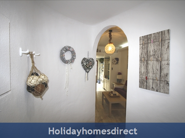 Casinha Town House. Within The Old Town Walls Of Lagos But Only 5 Mins From The Beach !: Entrance hall.