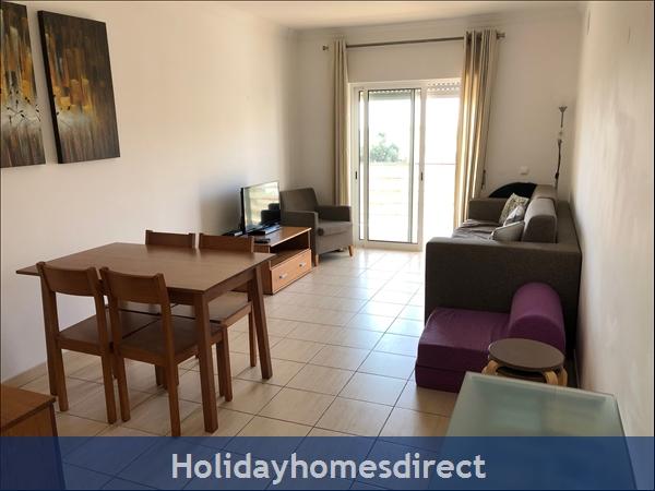 Encosta Apartment: Image 2