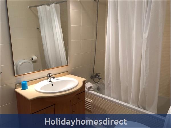 Encosta Apartment: Image 6