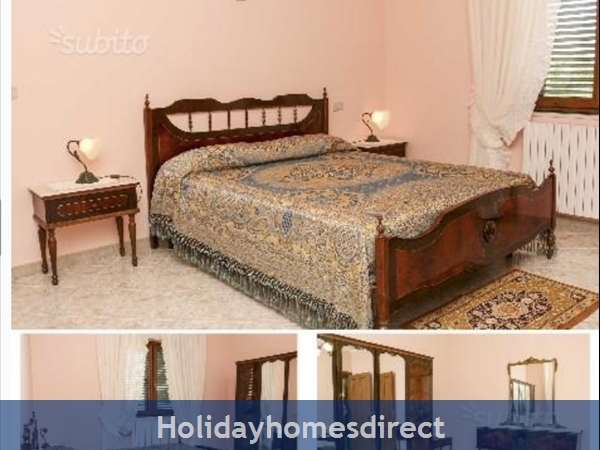 Apartments Set In Rural Italy: Main Bedroom with double bed - Top Floor Apartment