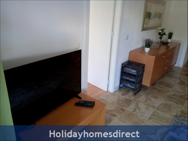3 Bed Luxury Apartment 50 Metres From Vilamoura Marina: Image 4