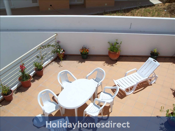 Villa Oliveira - Great Location, Private Swimming Pool, Albufeira: Image 9