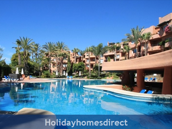 El Oasis de Marbella, 29602 Marbella, Malaga, Spain