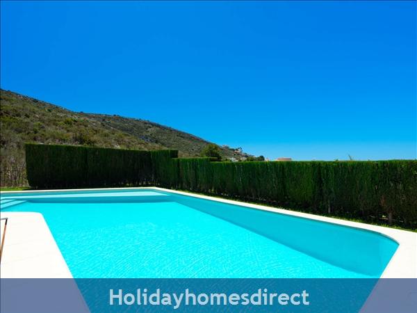 Holiday House Villa El Portet: Image 8