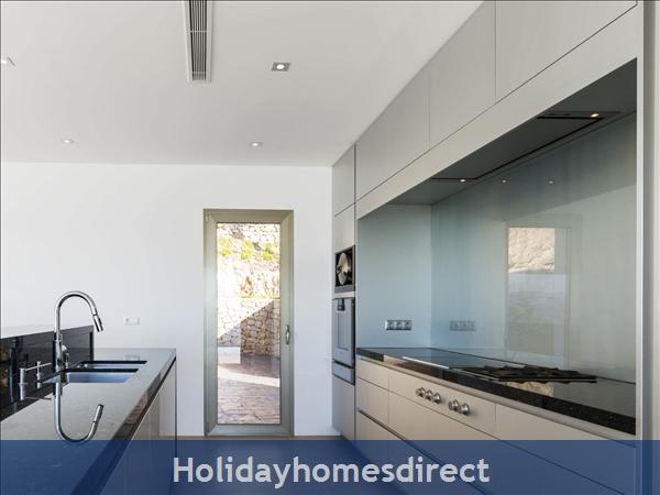 Holiday House Exorbo: Image 3