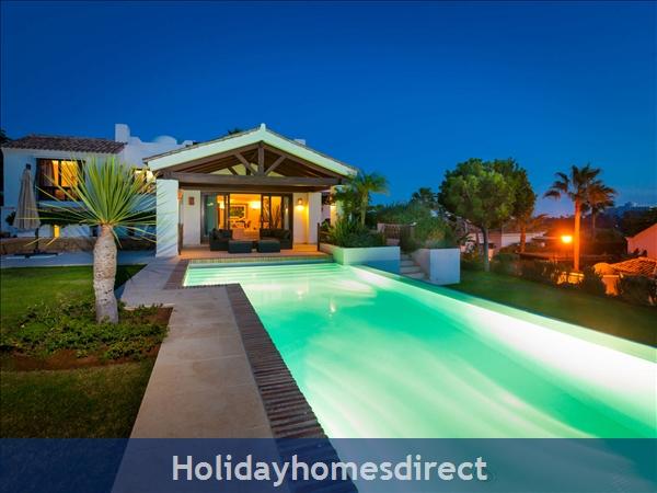 Holiday House Villa 33: Image 4