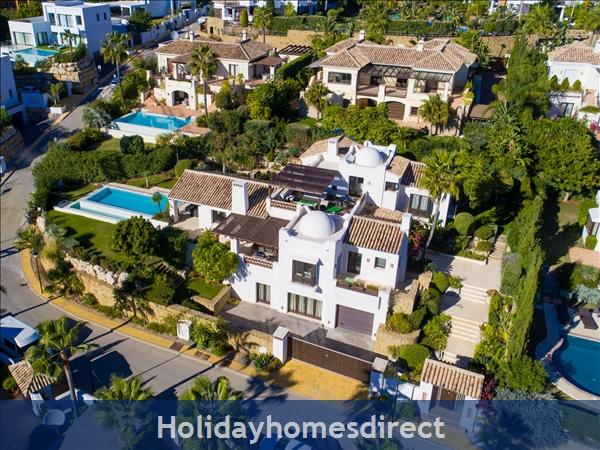 Holiday House Villa 33: Image 9