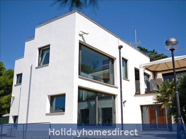 Holiday House Villa del Far