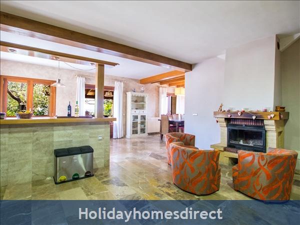Holiday House Es Puig: Image 8