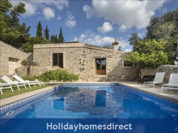 Stupendous Spain Rentals Villas Spain Family Holidays Owners Download Free Architecture Designs Remcamadebymaigaardcom
