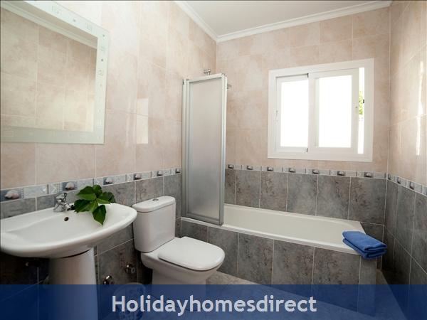 Holiday House Audine: Image 9