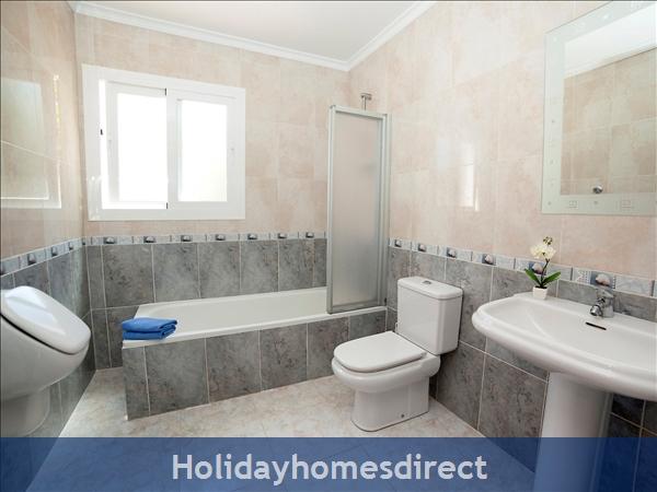 Holiday House Audine: Image 8